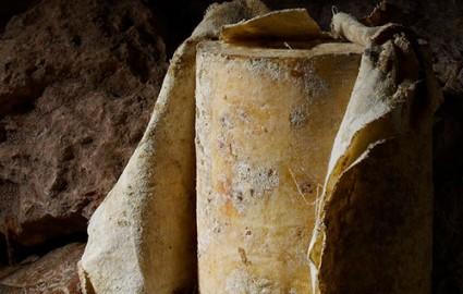 Cave Aged Cheddar 4